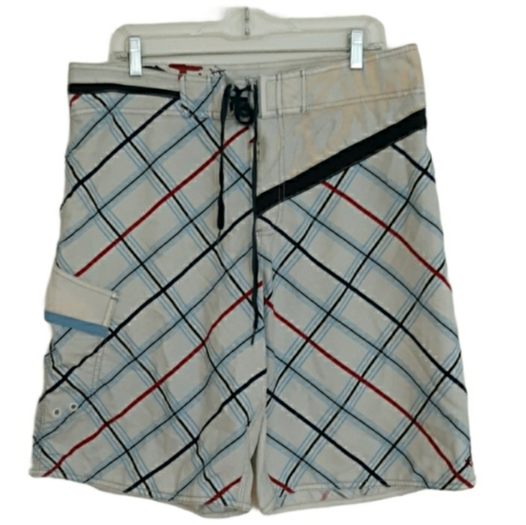 Billabong Size 36 Red White And Blue Plaid Shorts
